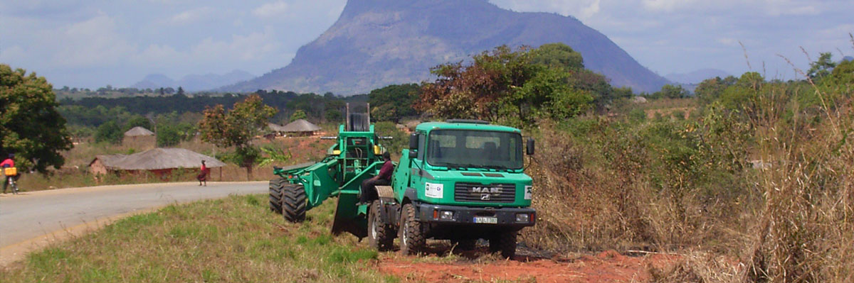 Cable plow in Mozambique